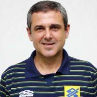 Jose-Roberto-Guimaraes-300